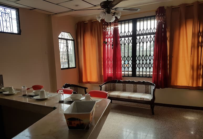 NCG Suite 6, Guayaquil, Apartment, 2 Bedrooms, Living Room
