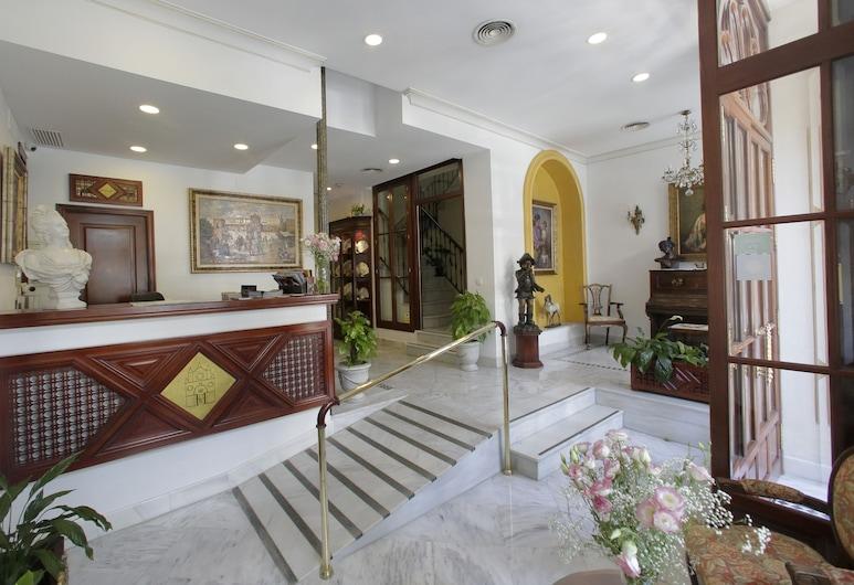 Hotel Puerta de Sevilla, Sevilija, Vestibiulis