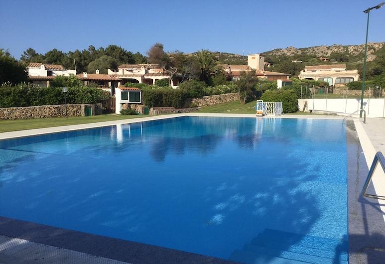 Baja Sardinia-costa Smeralda. Lovely sea View Villa With Private Garden, Arzachena, Pool