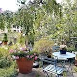 패밀리 아파트 - 정원 전망