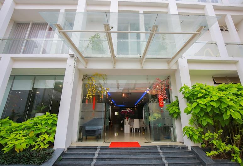 Lavender Hotel, Thu Dau Mot, Hotellin julkisivu