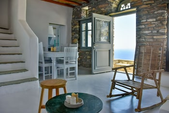 Picture of Living Theros Luxury Suites in Tinos