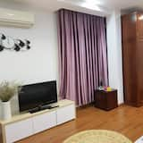City Double Room, 1 King Bed, Non Smoking, City View - Guest Room View