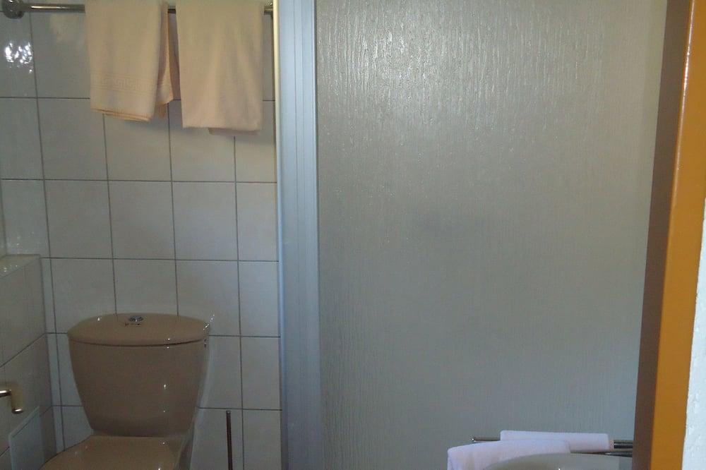 Double Room, Non Smoking, Garden Area - Bathroom