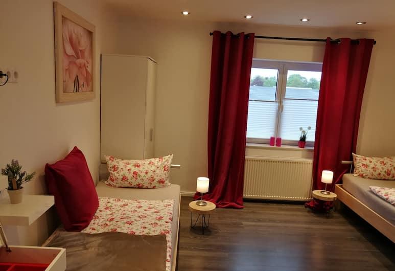 Hostel Margot, Hamburg, Apartment, 2Schlafzimmer, Terrasse, Zimmer