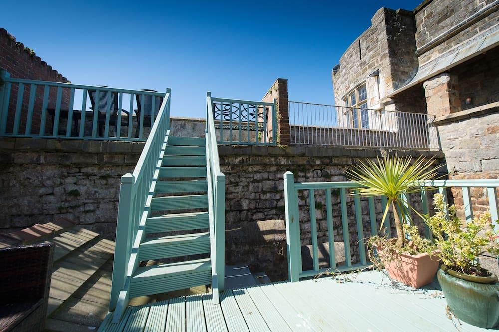 Premier Suite, 1 King Bed, Terrace - Terrace/Patio