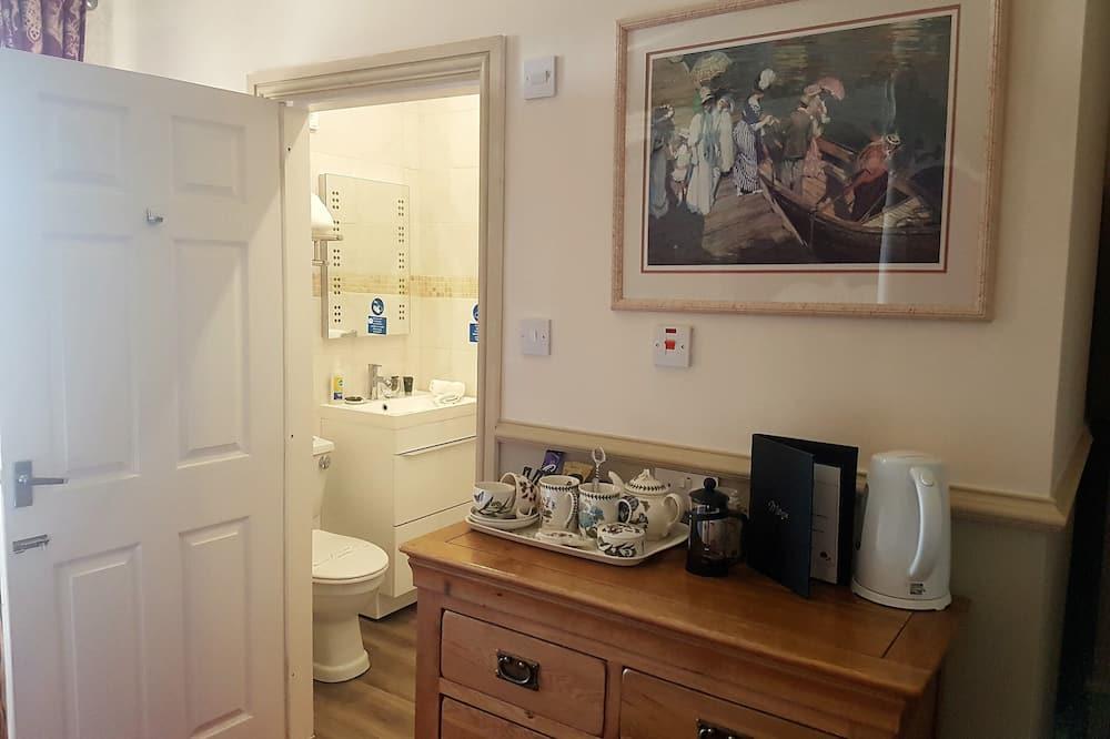 Luxury Room, 1 King Bed, Sea View - Bathroom