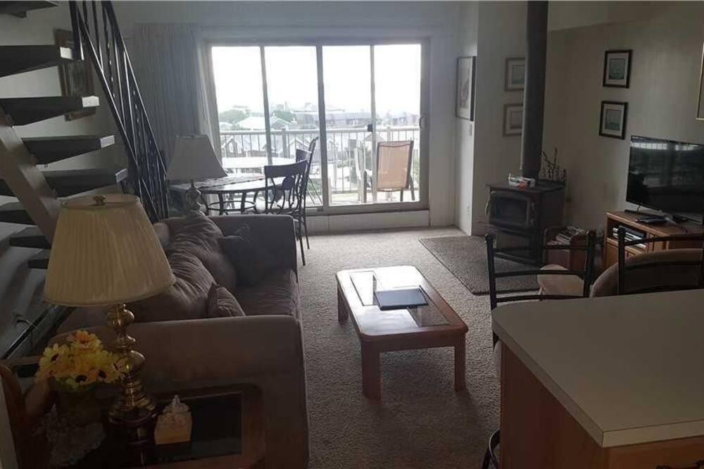 Leilighet, 2 soverom, balkong, delvis havutsikt - Oppholdsområde