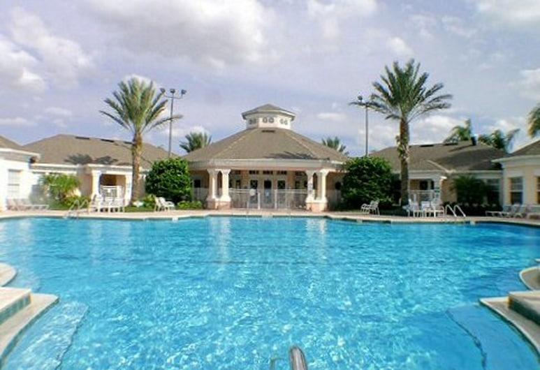 Near Disney: Animal Kingdom Private Home, Kissimmee, Outdoor Pool