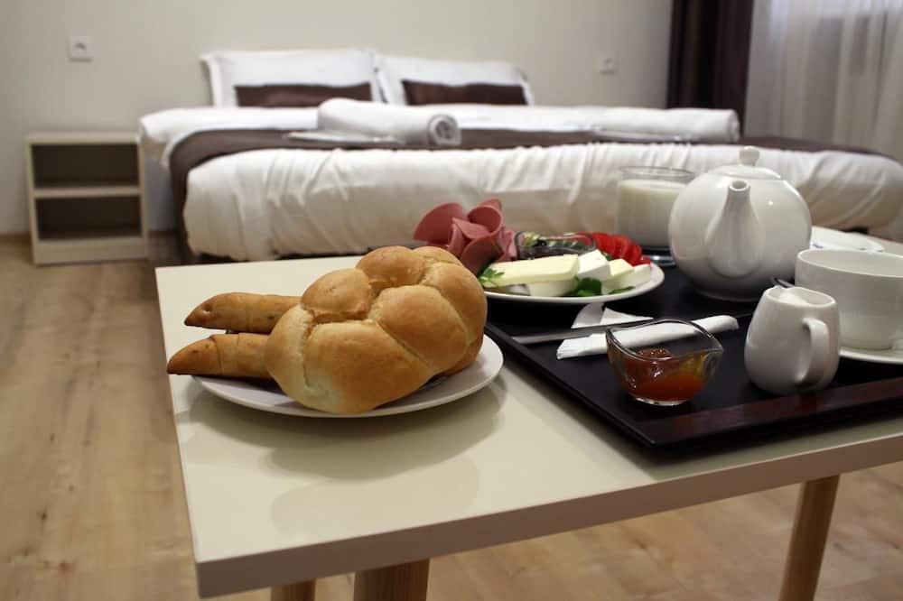 Camera Economy con letto matrimoniale o 2 letti singoli - Pasti in camera