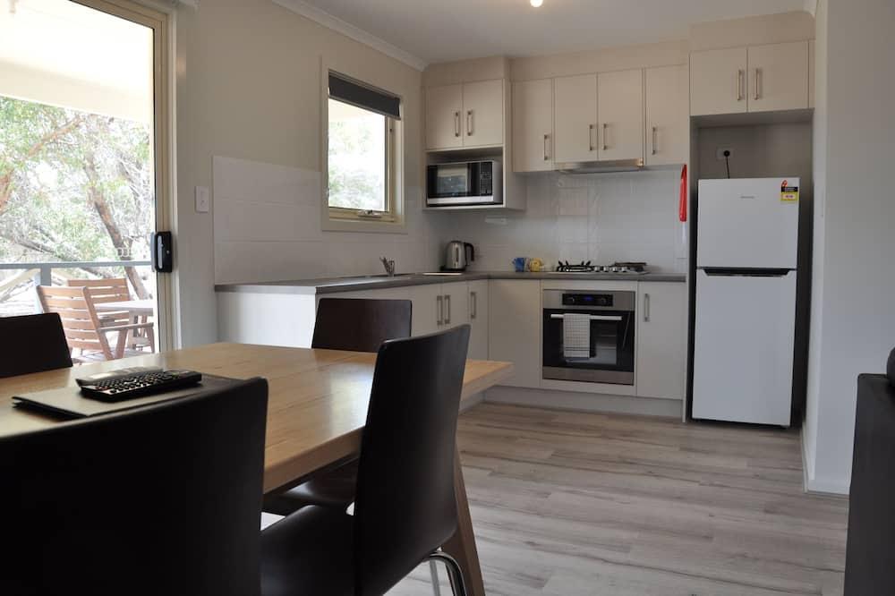 Birks Luxury Cabin - In-Room Dining