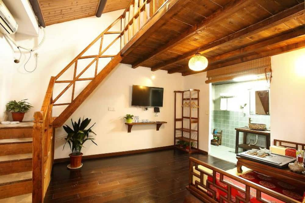Superior Loft A(Mainland Chinese Citizen Only) - Living Area