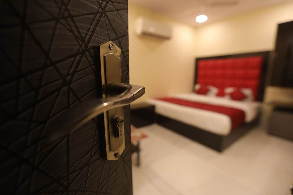 Economy Room (Non AC) - Guest Room