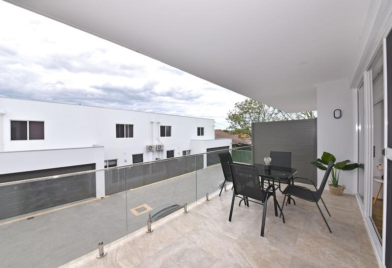 Belmont apartment near Perth City 3404, Belmont, Terrace/Patio
