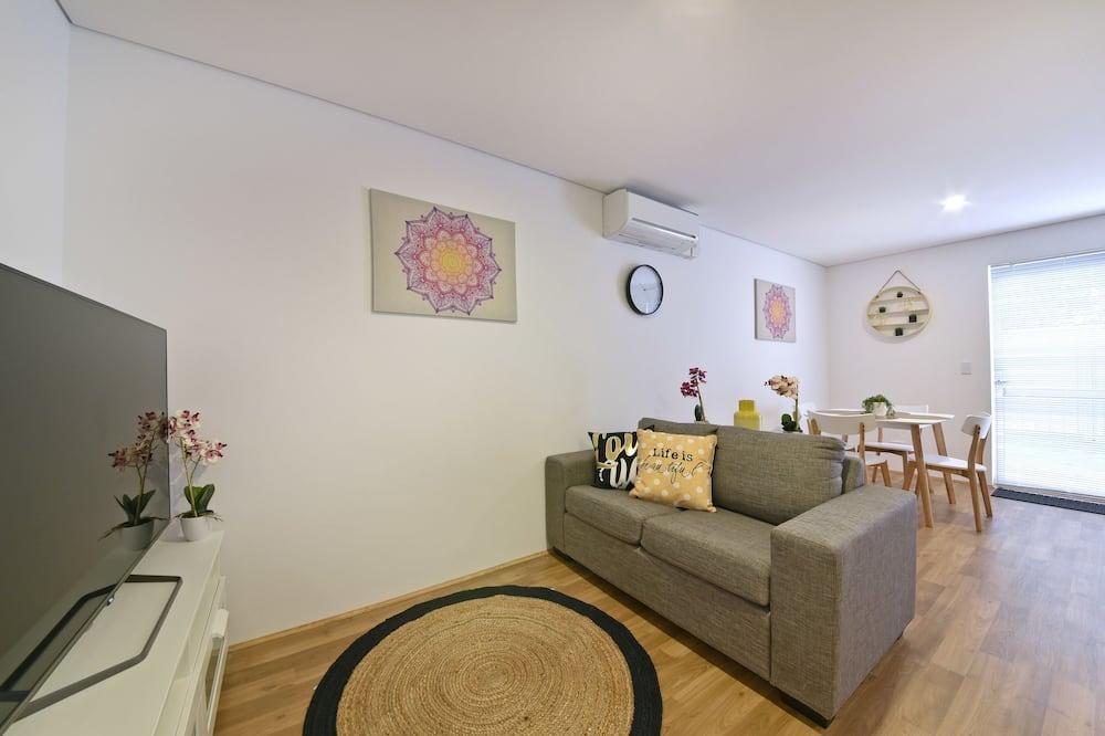 Apartmán, 2 ložnice, vlastní koupelna - Obývací pokoj