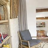 Comfort háromágyas szoba - Nappali rész