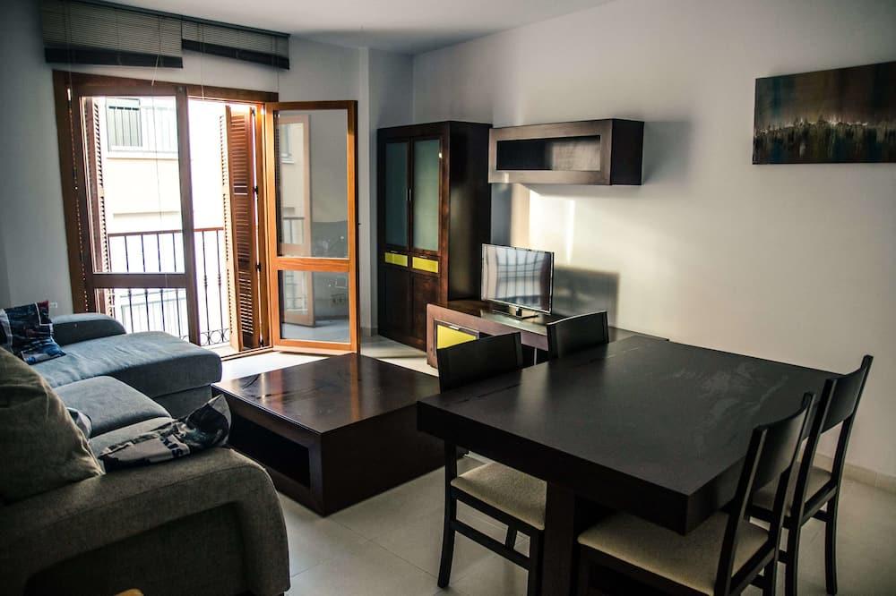 Apartment, 2 Bedrooms (II - Third Floor) - Living Room
