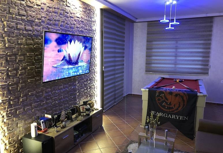 Tamuda Loft - Adults Only, M'diq, City Apartment, 1 Bedroom, Living Room