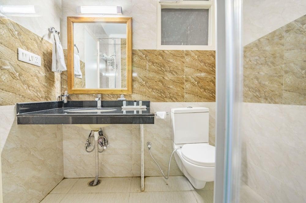 Comfort Suite, Mountain View - Bathroom