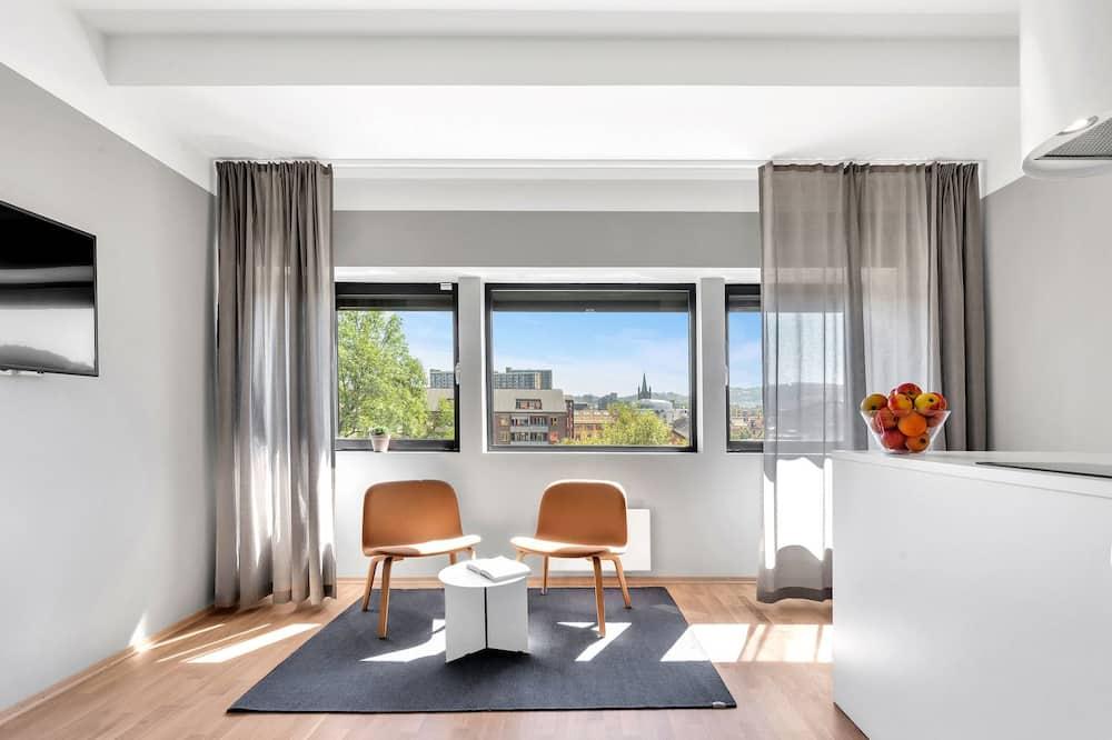 Superior Two-Bedroom Apartment For Four - Svetainė