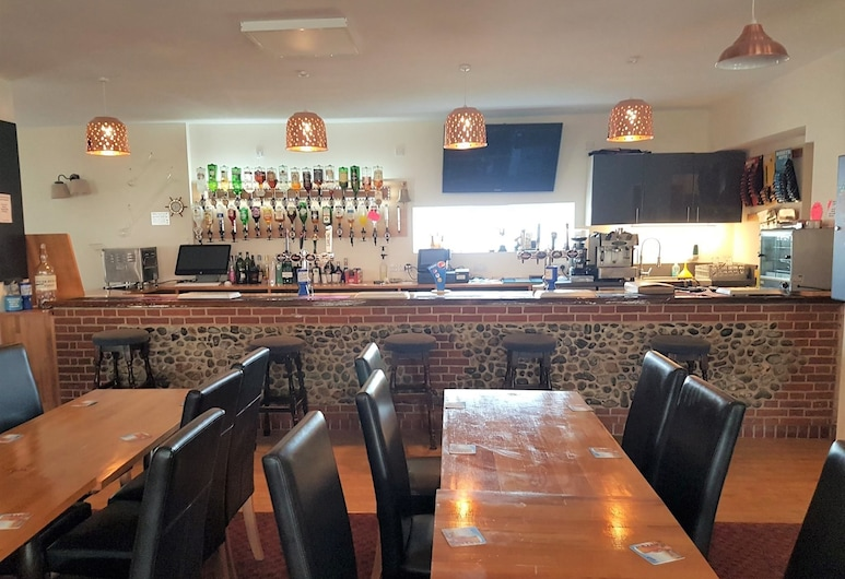 The Cliff Top Inn Hotel, Norwich, Hotel Bar