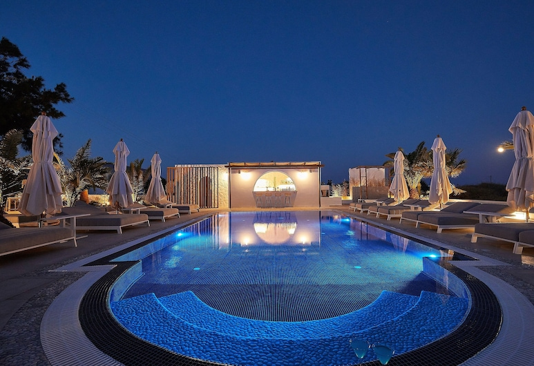 Petri Suites, Santorini, Basen