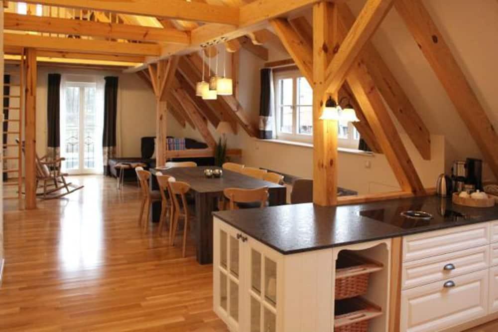 Apartment, 2 Bedrooms (Spreeblick) - Living Area