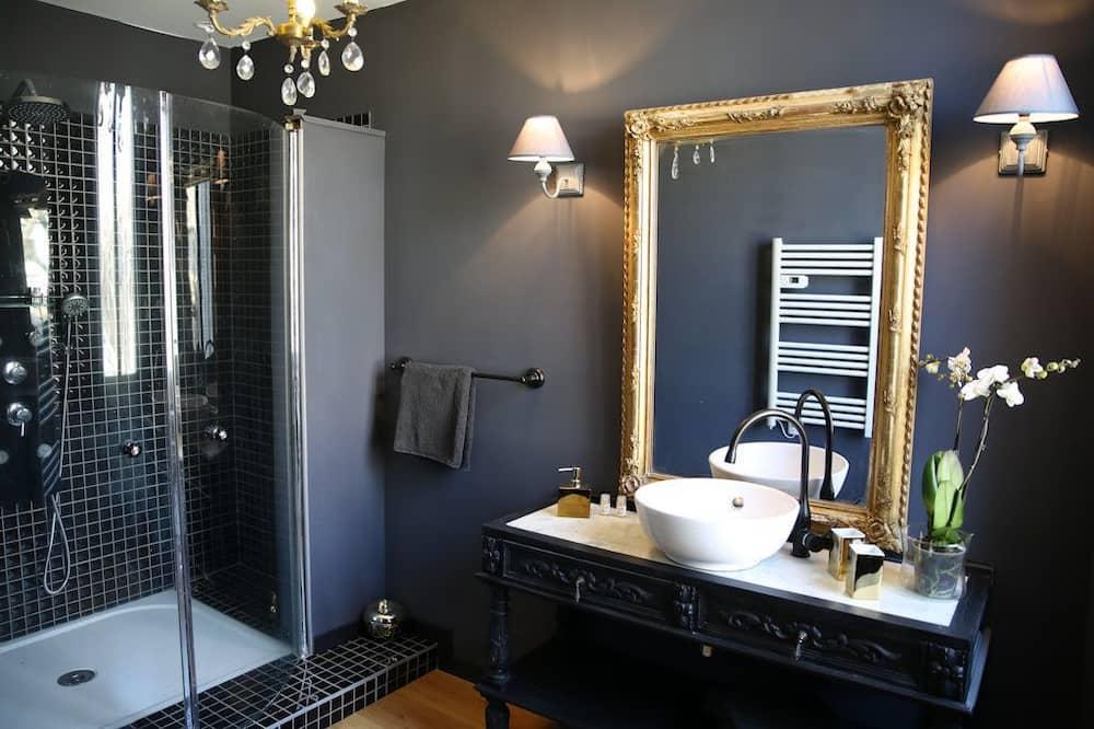 Superior Double Room (Baccarat) - Bilik mandi