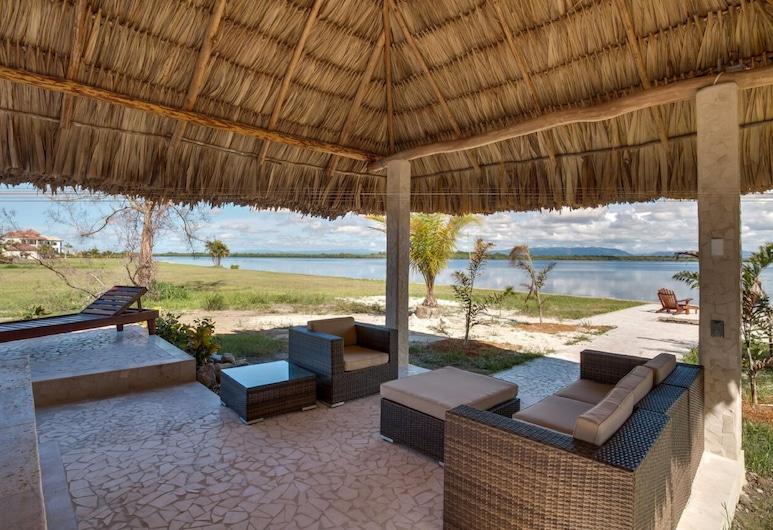 Villa Laguna Gecko, Placencia, Terrace/Patio