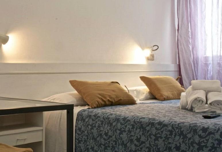 Hotel Nizza, Rimini, Triple Room, Bilik Tamu