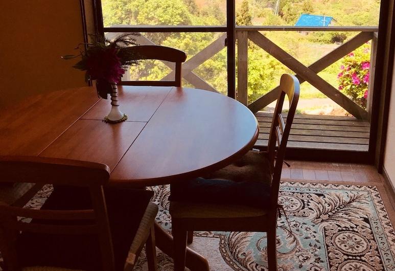 Marine View Shimane, Ματσούε, Κατάλυμα σε Αγροικία (for 8 Guests), Γεύματα στο δωμάτιο