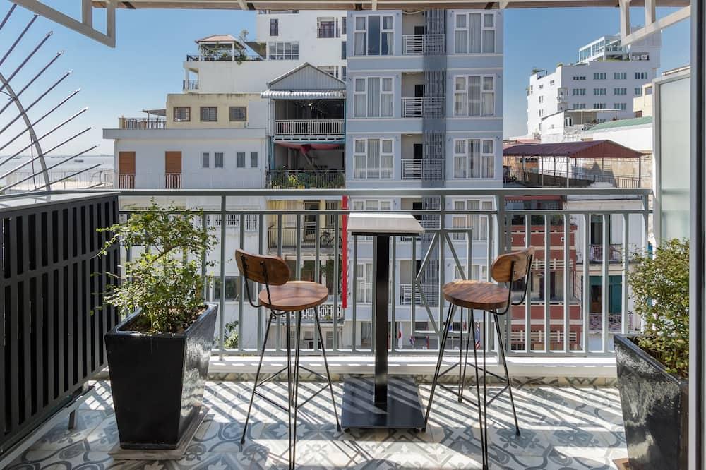 Penthouse Studio - Balcony