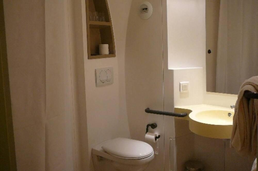 Izba typu Comfort, terasa - Kúpeľňa