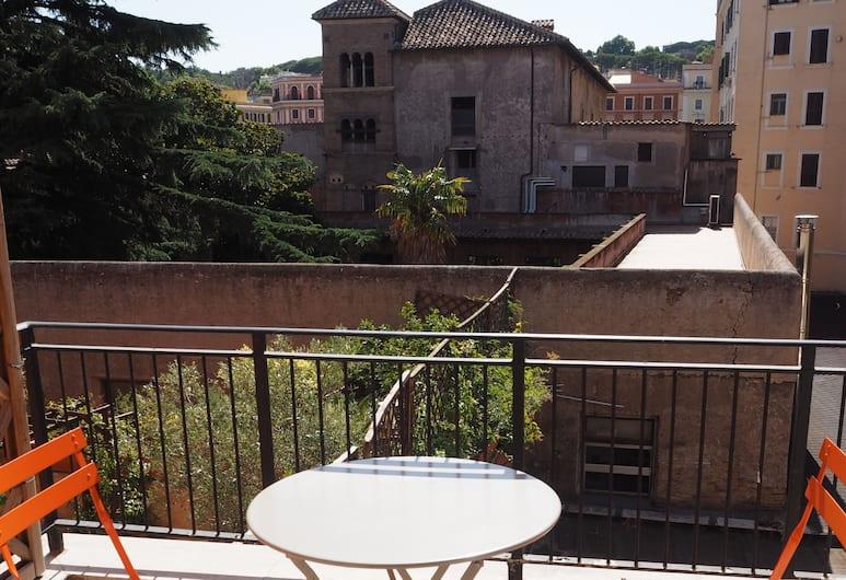 Bed and Breakfast New Morning, רומא, חדר דה-לוקס לשלושה, מרפסת, מרפסת