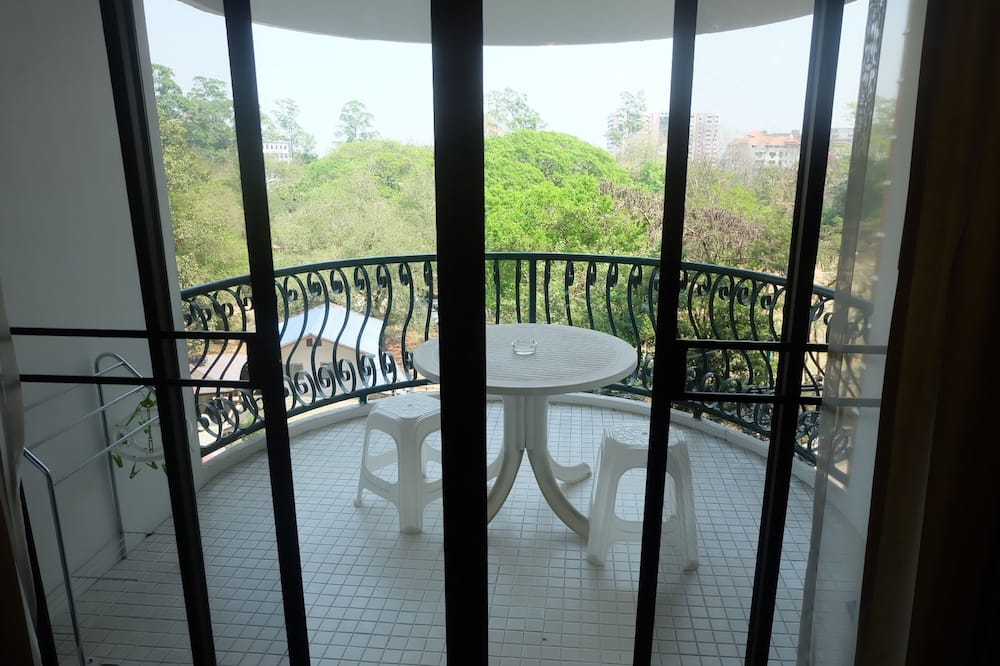 Standard Apartment with Garden View - Room 716 - Balkón