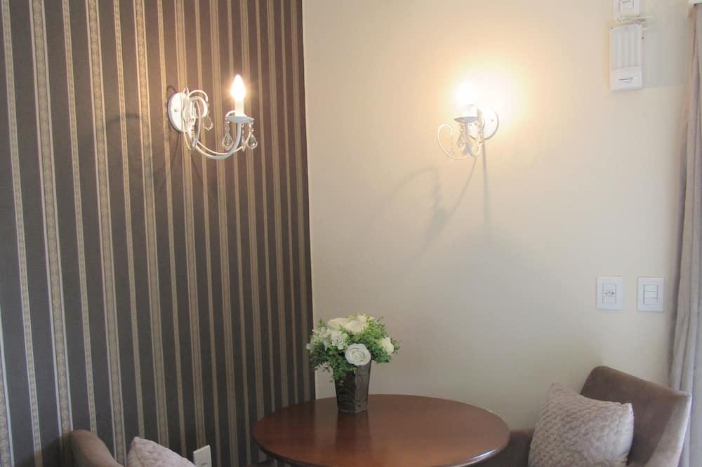 Fjallakofi (Casal Luxo 5) - Máltíð í herberginu