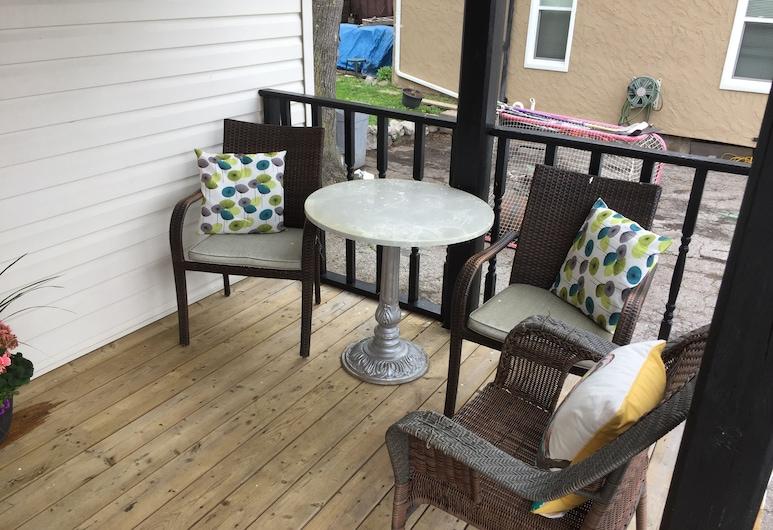 Adams Inn, Niagara Falls, Terrace/Patio