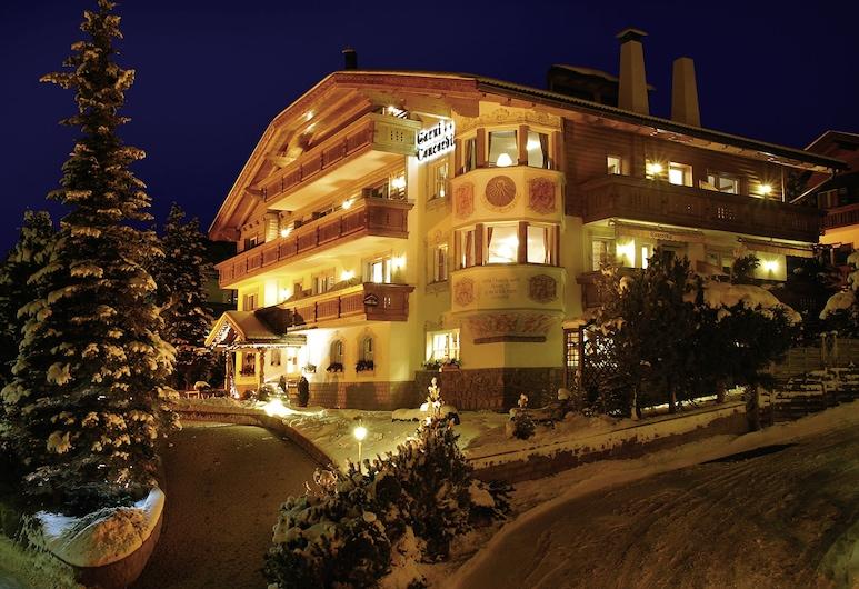 Garni Hotel Concordia, Selva Di Val Gardena, חזית המלון - ערב/לילה