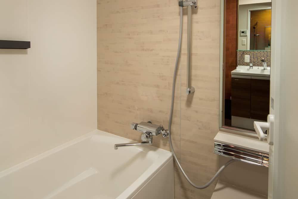 和洋室 クイーンルーム バルコニー - バスルーム