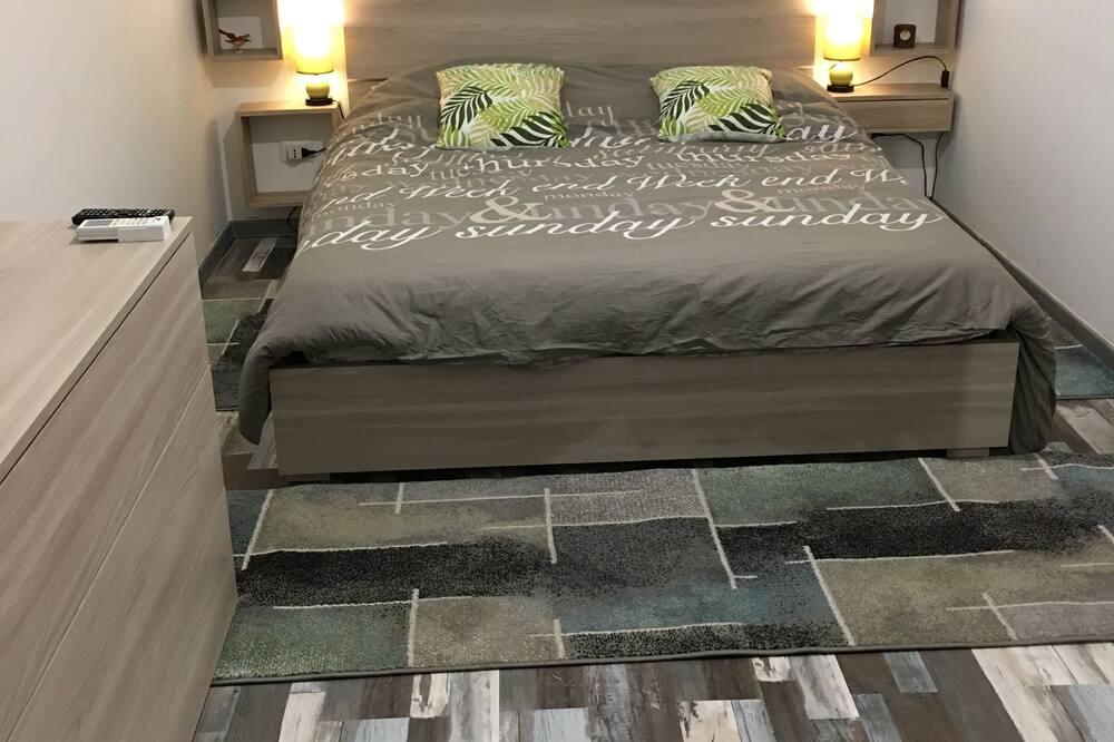 Classic Apartment, 1 Bedroom, Kitchenette - Room