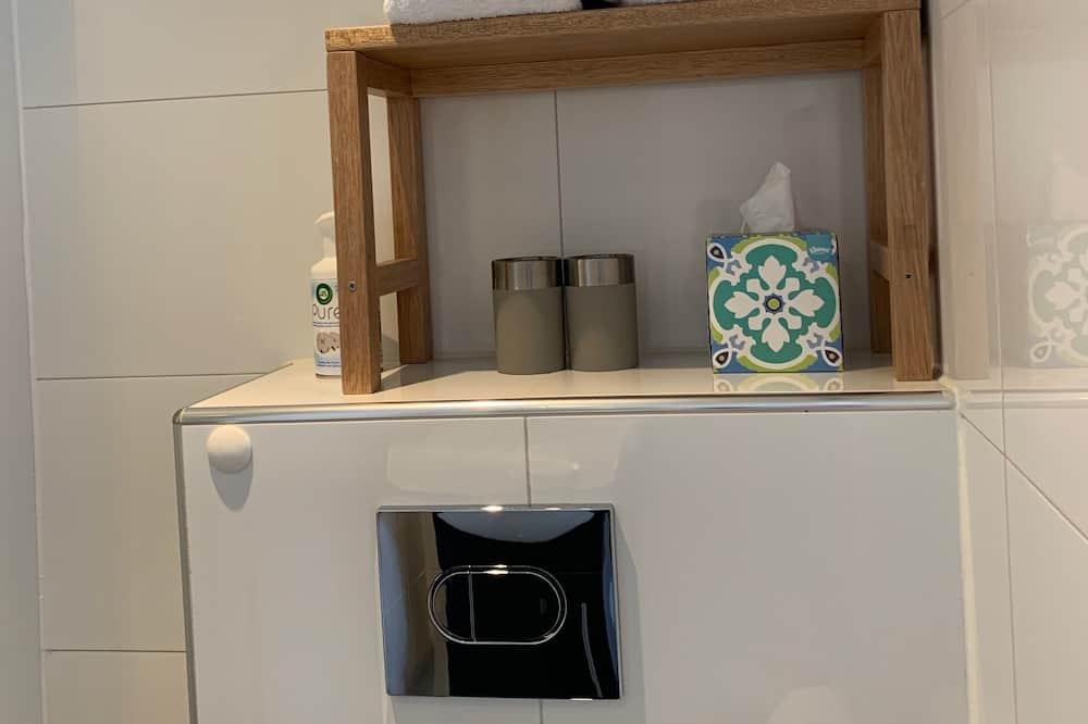 Double Room (No. 2) - Bathroom