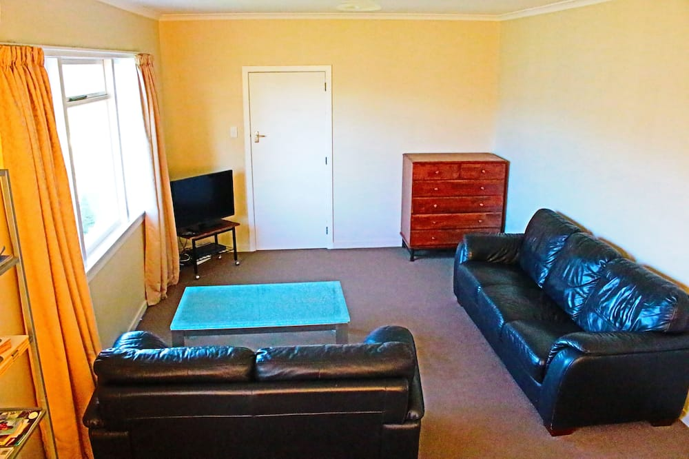 Nhà Tiêu chuẩn, 4 phòng ngủ - Phòng khách