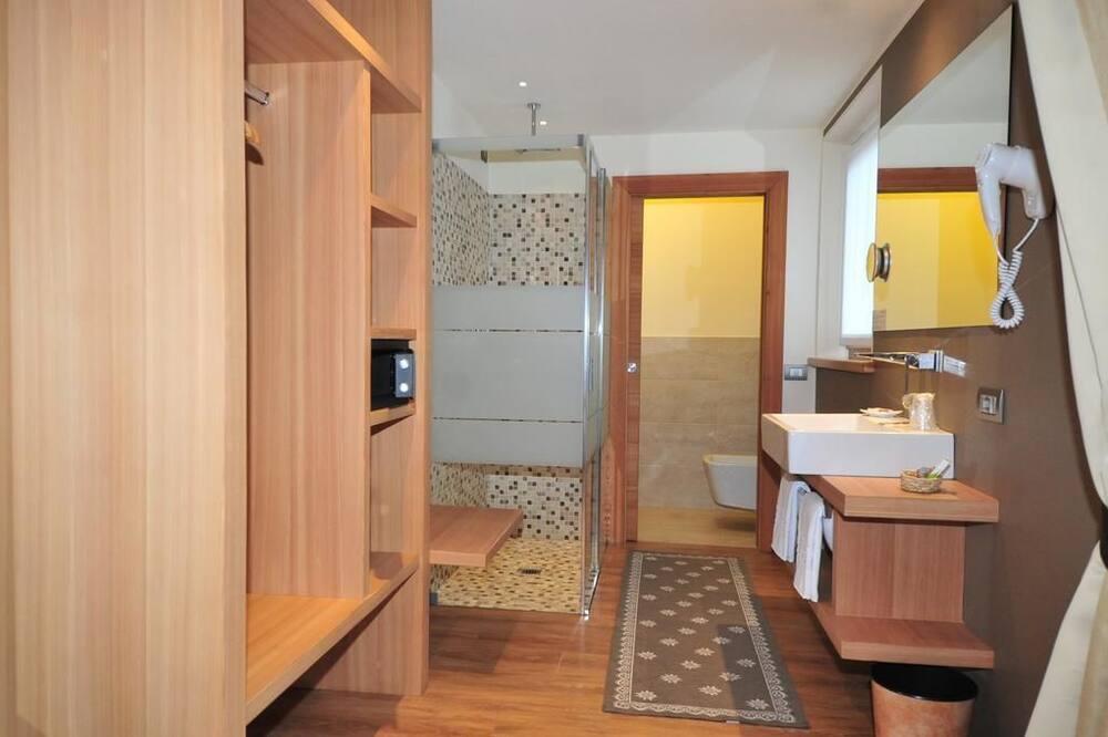 コンフォート ダブルまたはツインルーム 1 ベッドルーム - バスルーム