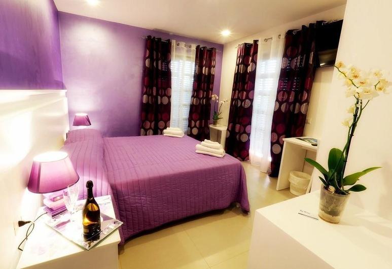 La Torre Residenza, Tropea, Deluxe Double Room, Balcony, Sea View, Guest Room