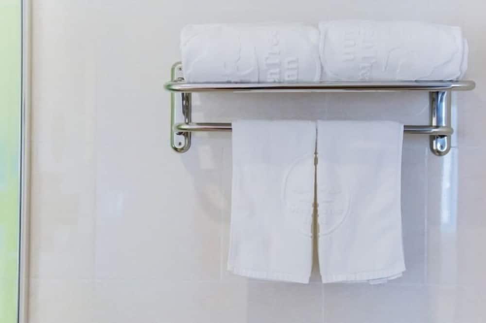 商务大床房 - 浴室