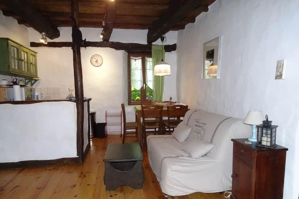 平房 (Les 100 Vallées) - 客廳