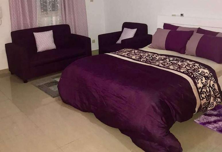 Residence Nahf Fat 2, Abidjan