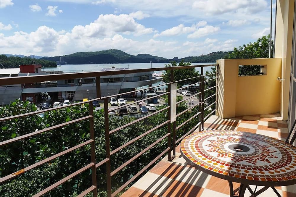 Стандартний чотиримісний номер, з видом на озеро - Балкон