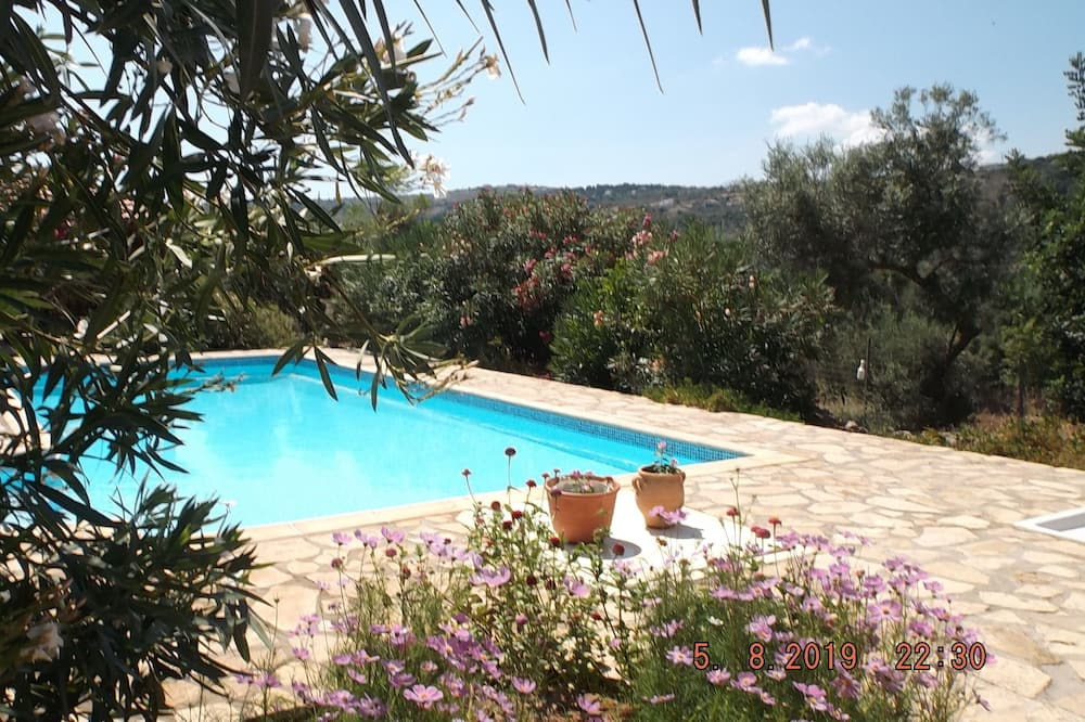 A Superb Villa in tranquil setting for a relaxing holiday
