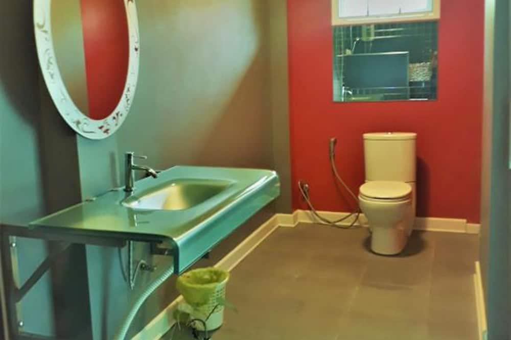 สแตนดาร์ดบังกะโล - ห้องน้ำ